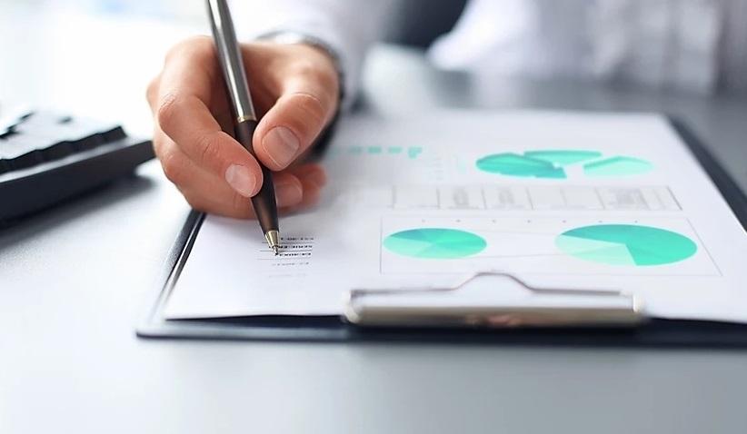 Analisando números em uma planilha de gestão